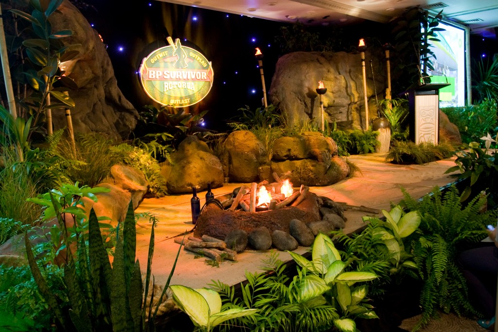 Creative design ideas for the home for Home decor survivor 5