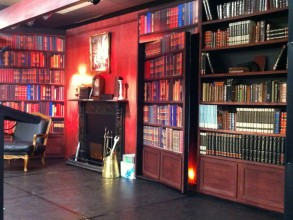 Cludo Stage Set - The_Library